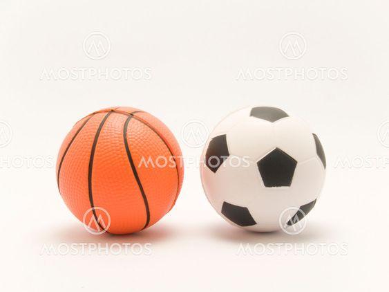 Jalkapallo ja koripallo