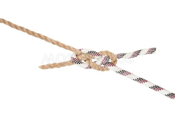 sailor's breastplate knot joining two ropes