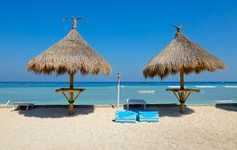 Scenic tropical beach - Bali