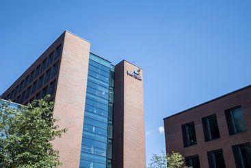 Wärtsilä headquarter building in summer