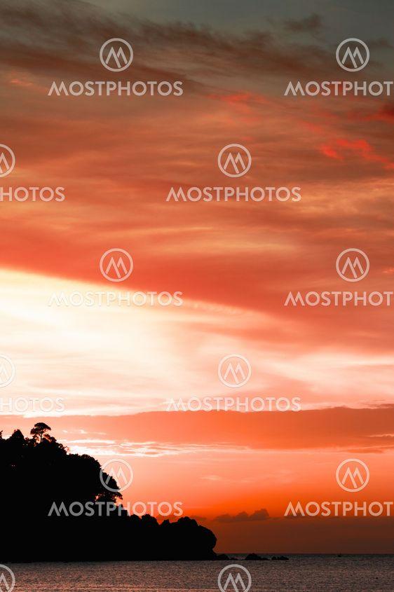Solnedgång över Andamansjön