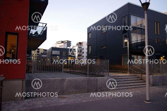 Svarta fasader.