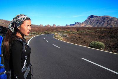 hitchhiker / travel