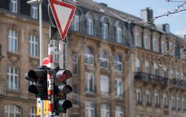 Forbid traffic lights. Road sign give way.
