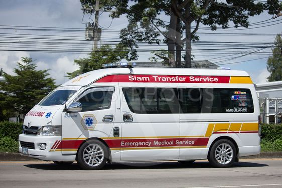 Ambulance van of Siam Tranfer Service.