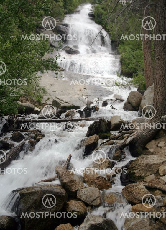 Rapidly flowing waterfall