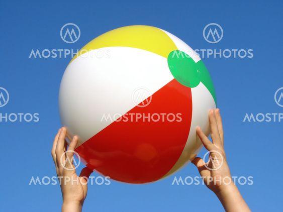 händer med beach boll