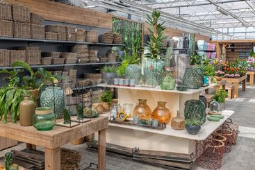 Garden shop selling plants and accessories like flower pots