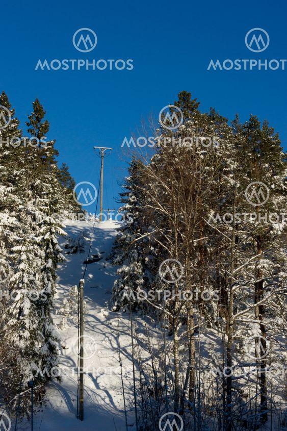 Power wire in winter
