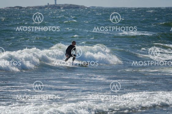 Surfing Torö