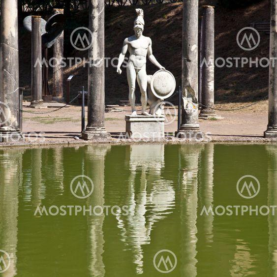 Roomalainen Omakotitalo - Tivoli