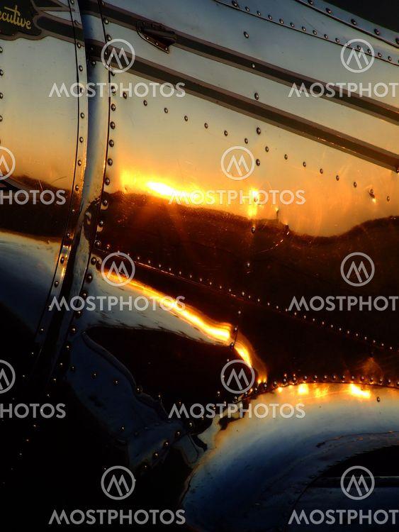 Plane Polished Aluminium