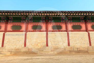 Korean style wall, Gyeongbokgung palace, Seoul, South...