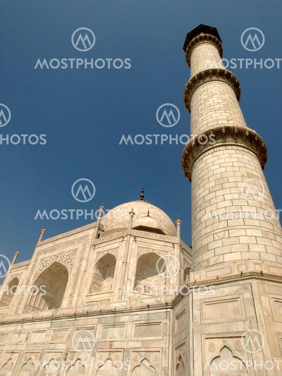 Taj Mahal and minaret