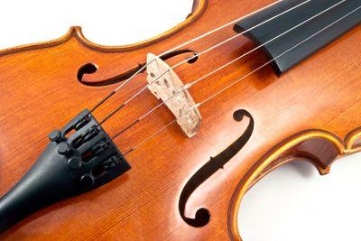 Italian wooden Violin Chord details