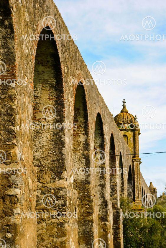 Aqueduct in Évora, Portugal