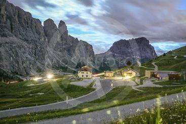 Night panorama of passo Gardena