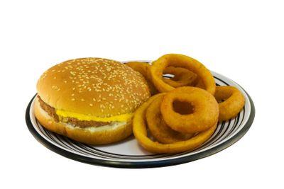 simple cheeseburger plate