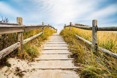 walkpath to the beach