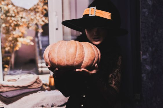 Halloween lady with witch cup