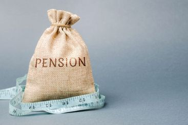 Money bag with the word Pension and tape measure. Fall /...