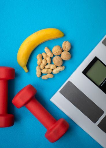 Food and fitness equipment for a healthy lifestyle