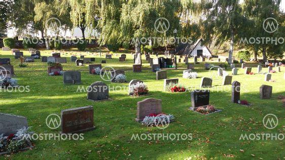 Ölmstads kyrka och kyrkogård i Småland (Sweden)