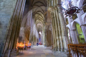 france; normandy; rouen : cathedral, inside