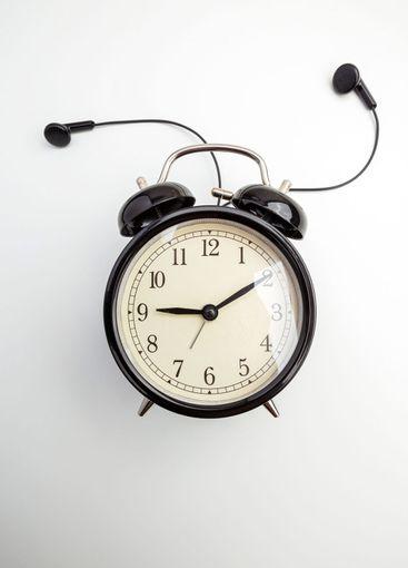 Retro alarm clock with headphone
