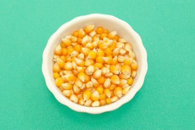 yellow corn kernels
