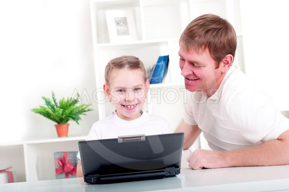 yhdessä kannettava tietokone