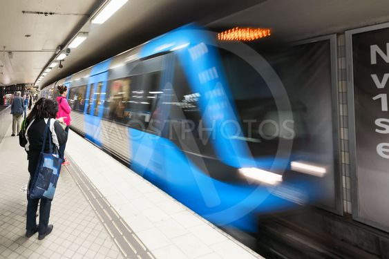 Stockholm Subway with an incomming blue train