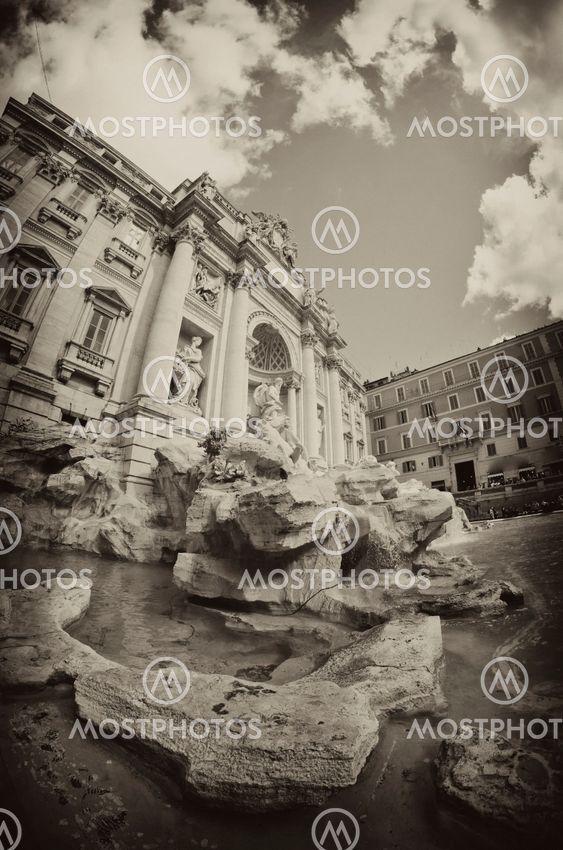 Trevi-fontænen, Rom