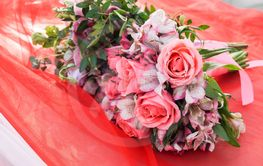 Pink faded roses bouquet