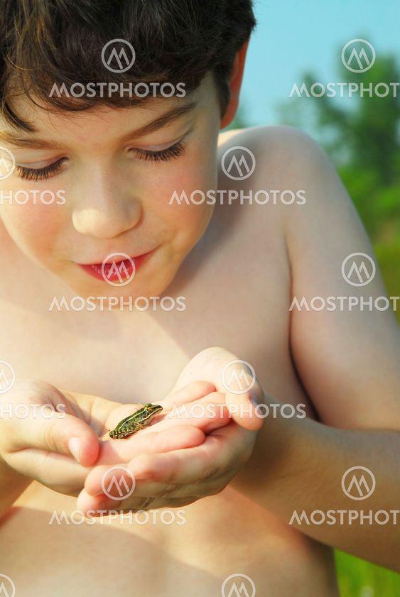 Poika ja sammakko
