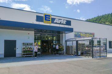 Opening of an Edeka brand supermarket
