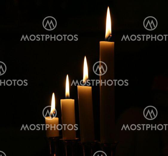 Tumma kynttilää