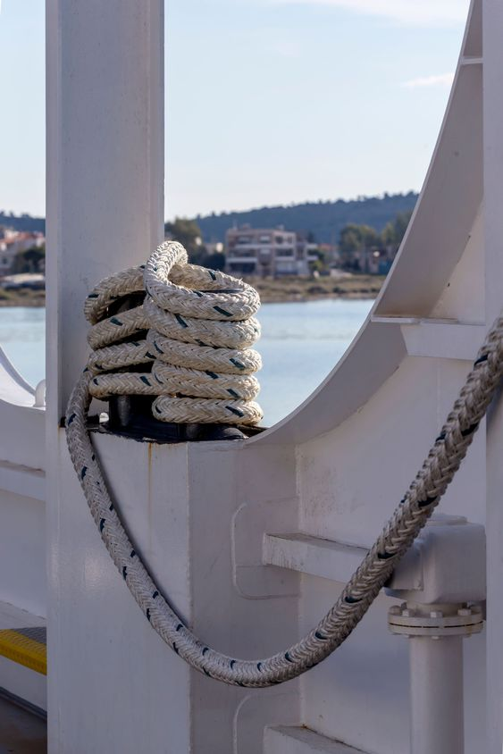 The mooring rope on ship