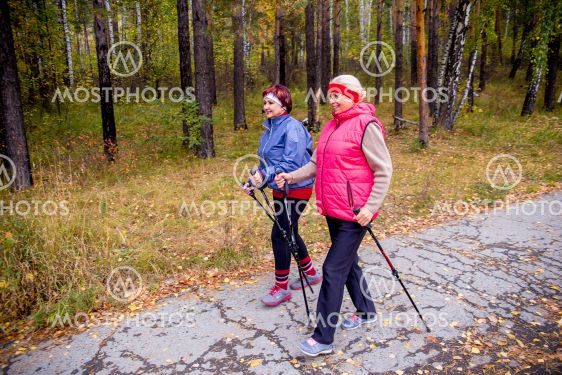 Senior ladies nordic walking