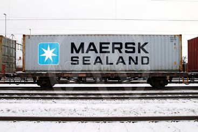 Maersk container på tåg