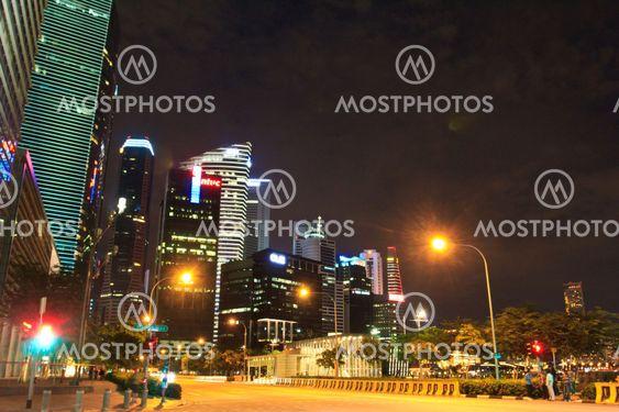 night skyscraper1
