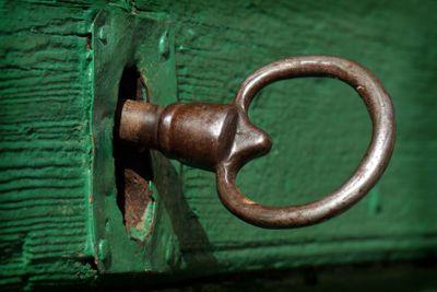 Gammal nyckel och lås