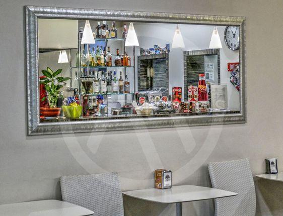 Al Bar 01