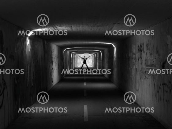 Tunnel, Black and white
