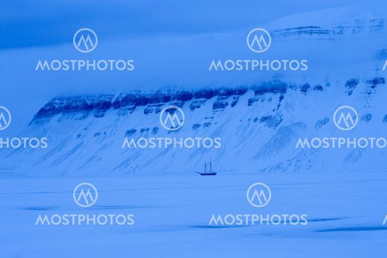 Ship frozen in the ice in the Tempelfjord