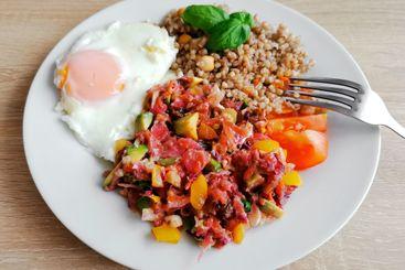 Buckwheat,chickpeas, basil, soft-boiled egg,vegetable salad