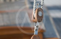 Sailing pulleys