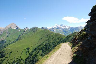 Hiking path 2