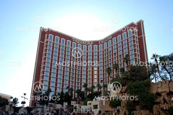Treasure Island hotelli ja Casino