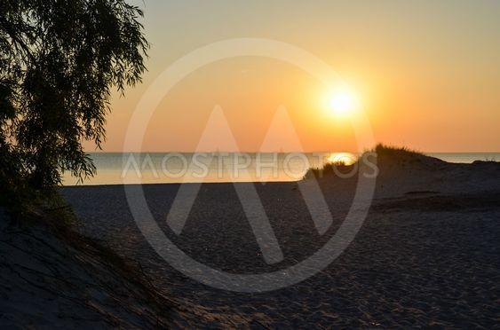 Solnedgång vid en strand på Gotland 2